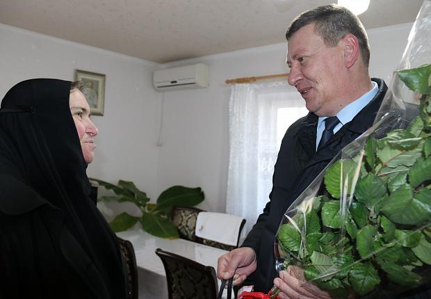 Сергей Запорожский посетил храм в Новосёловке