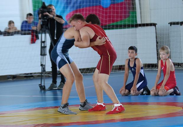 Спортцентр «Чемпион» открыли в станице Ладожской
