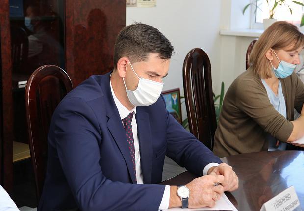 В администрации Усть-Лабинского района обсудили производственно-хозяйственные вопросы